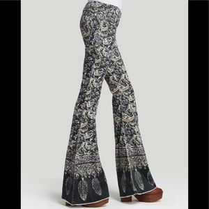 Free People Pants - Free People Paisley Bell Bottoms✌🏽💕